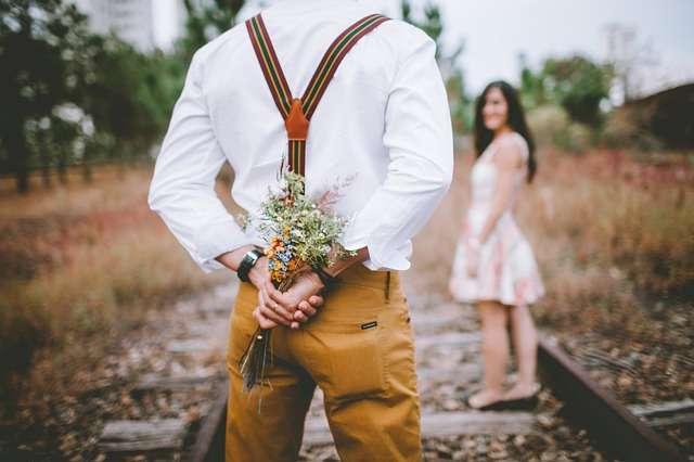 Séduire une femme avec des fleurs