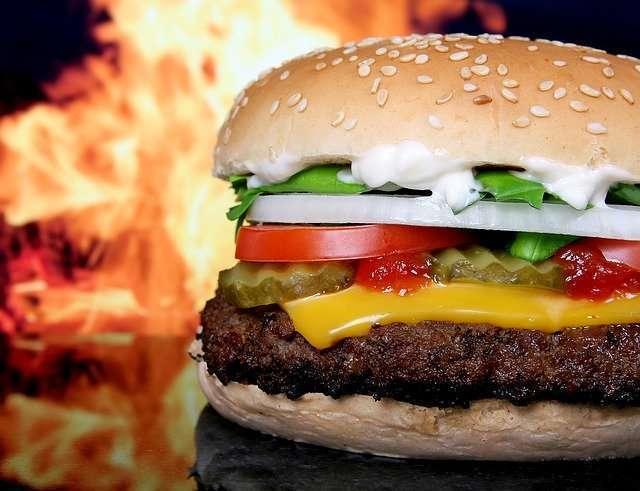 L'hamburger à travers l'histoire