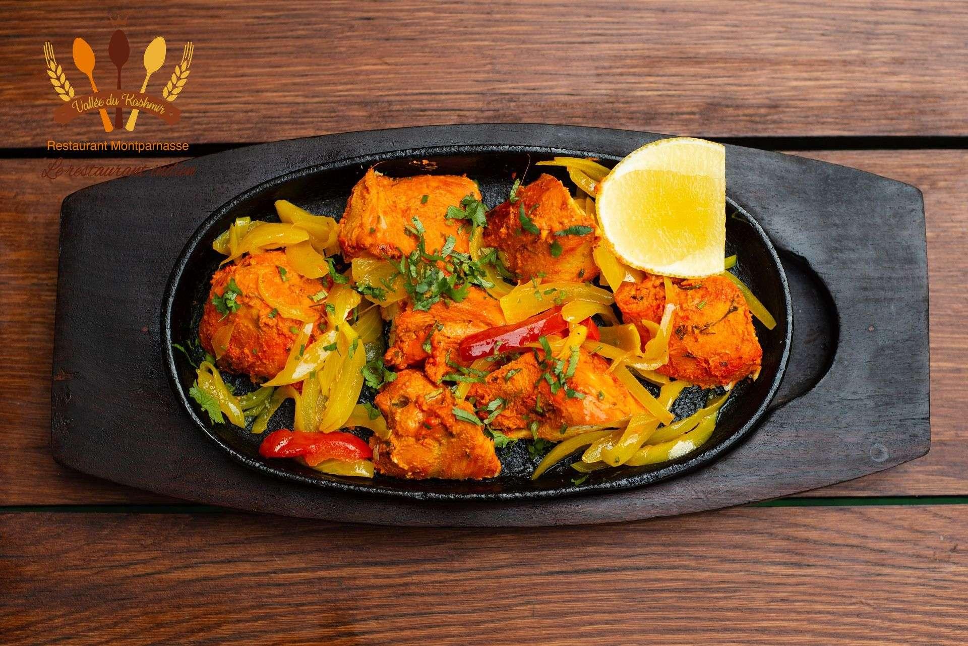 Avez-vous dégusté le fameux plat poulet tikka?